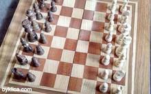 Шах и табли от село Орешак ФУРНИРОВАНИ
