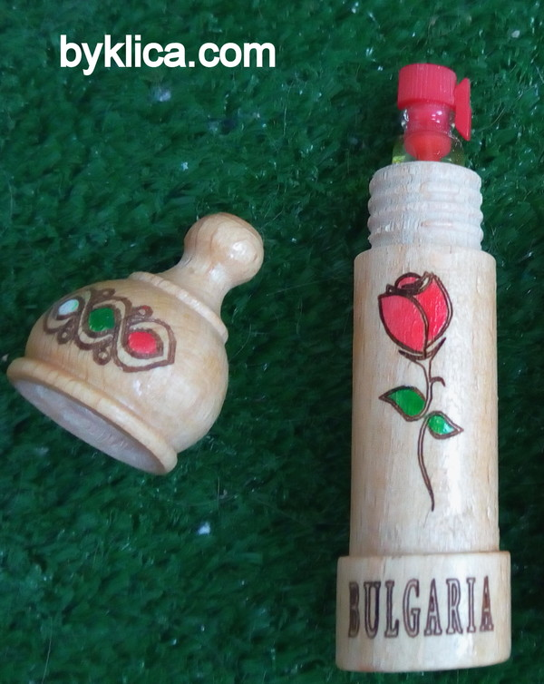 1.40 лв. Мускал от дърво с роза България