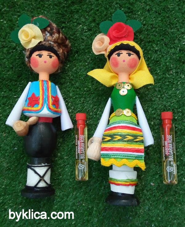 11.80лв. Сувенири Кукли от България