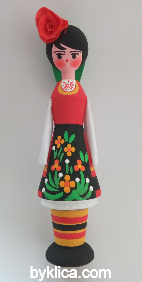 4.50лв Сувенир Кукла момиче с фиолка