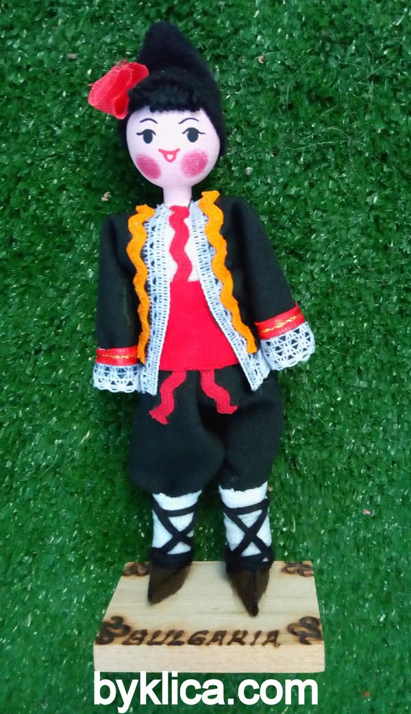 9.50лв Сувенир от България Кукла момче с носия