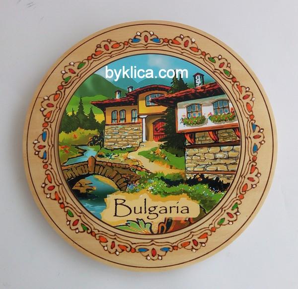 4.60лв Дървена чиния с пирография
