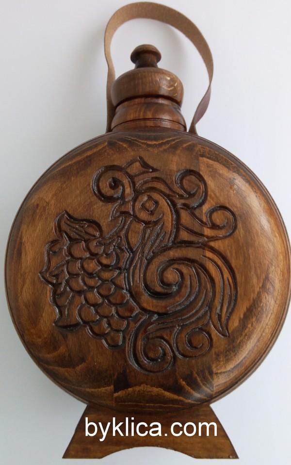 Бъклица с дърворезба на гълъб 1 литър
