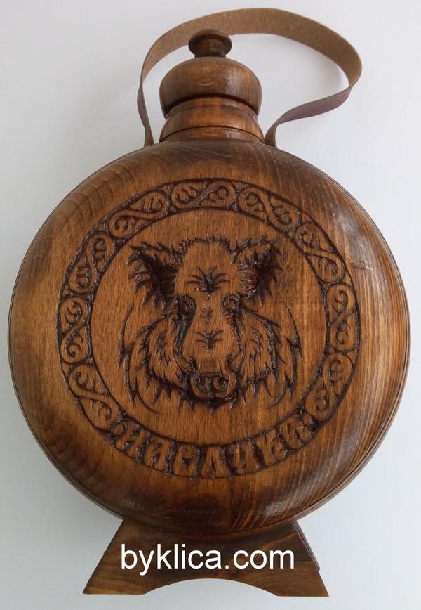 Бъклица с дърворезба на глиган 1 литър