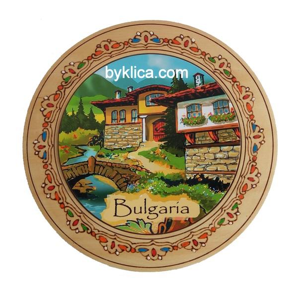 Чиния с пирография Пейзаж от България 22см