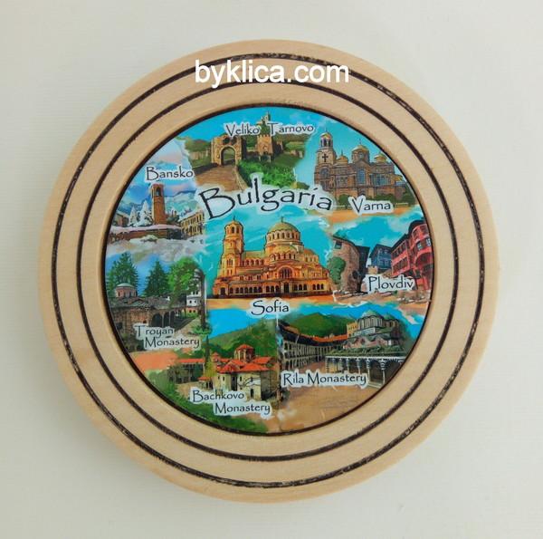 Чиния от дърво сувенир колаж България 10 см