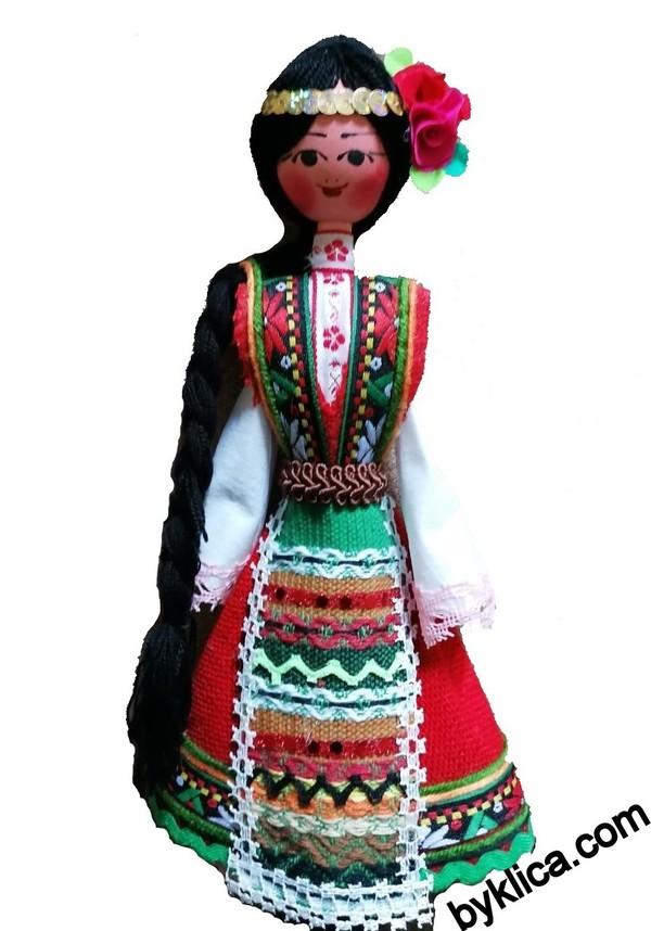 21.00 лв. Сувенир от България Дървена кукла в народна носия