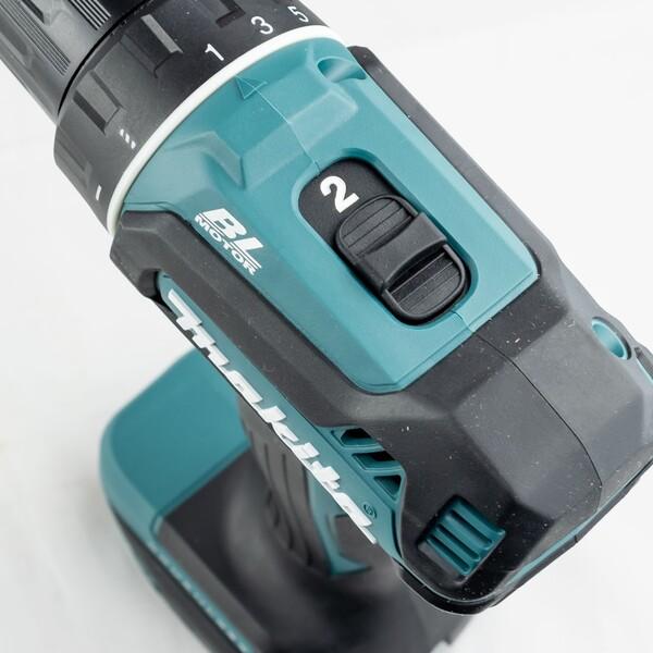 Акумулаторен винтоверт без батерия и зарядно Makita DDF485Z 18 V